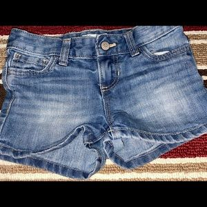 Old Navy Blue Jean Shorts. Nice Condition